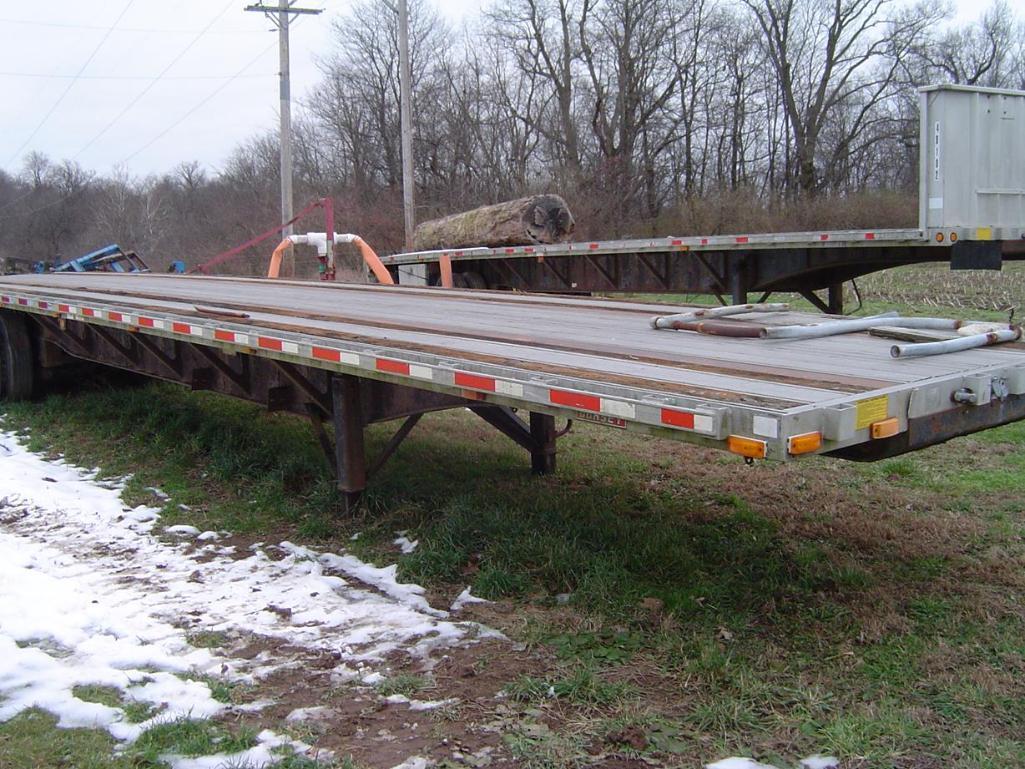 dorsey-45-flatbed-semi-trailer-wheels-locked