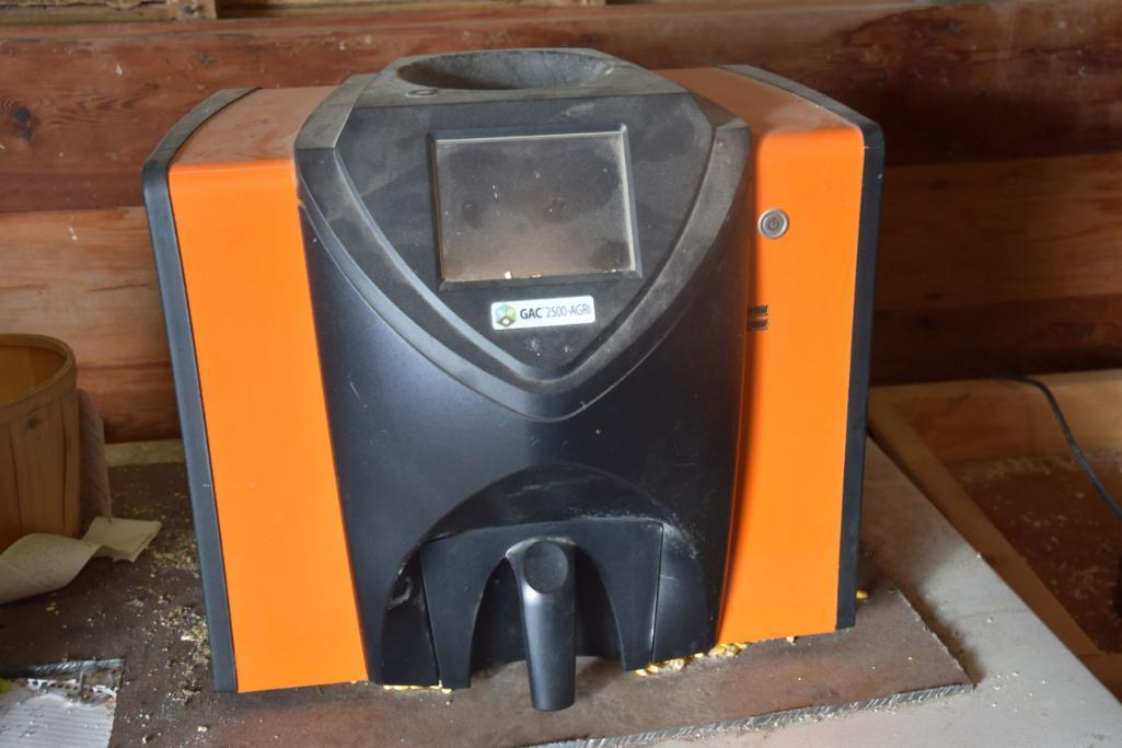 dickey-john-gac-2500-agri-grain-analyzer