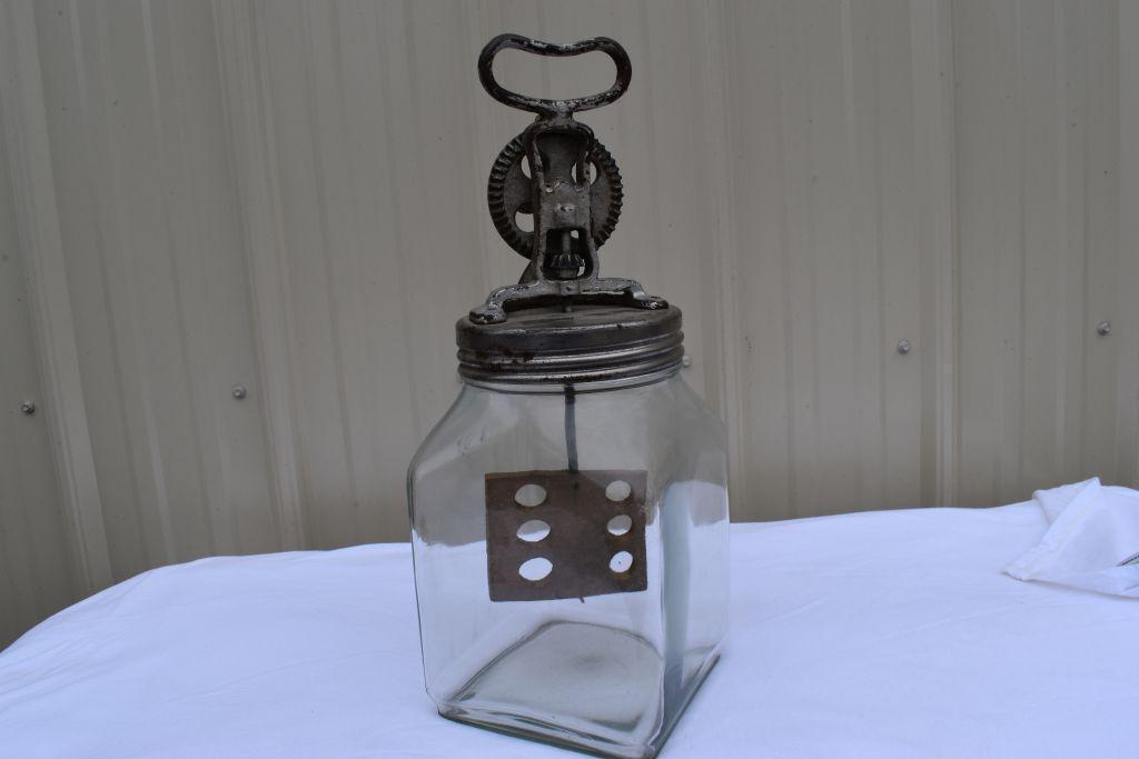 daisy-4-qt-glass-butter-churn