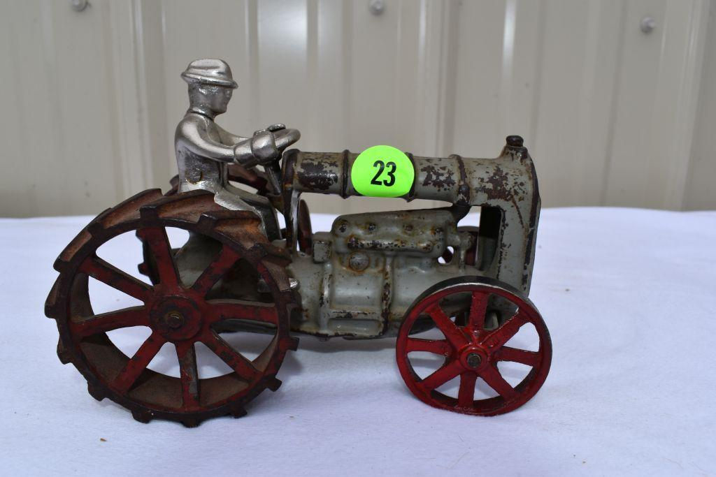 cast-iron-fordson-with-man-6-long
