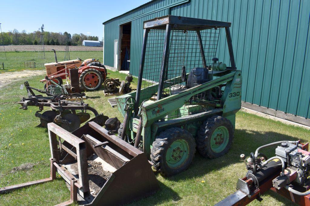 mustang-330-gas-skid-loader-hydrostatic-onan-engine-60-bucket-cage-cab-other-bucket-pallet-forks