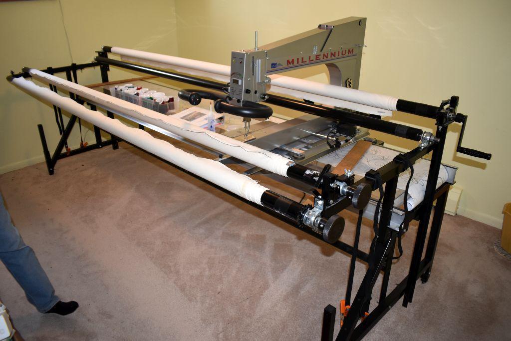 millennium-apqs-laser-quilting-machine-10-bed-laser-light-stitch-regulator-15-pantograph