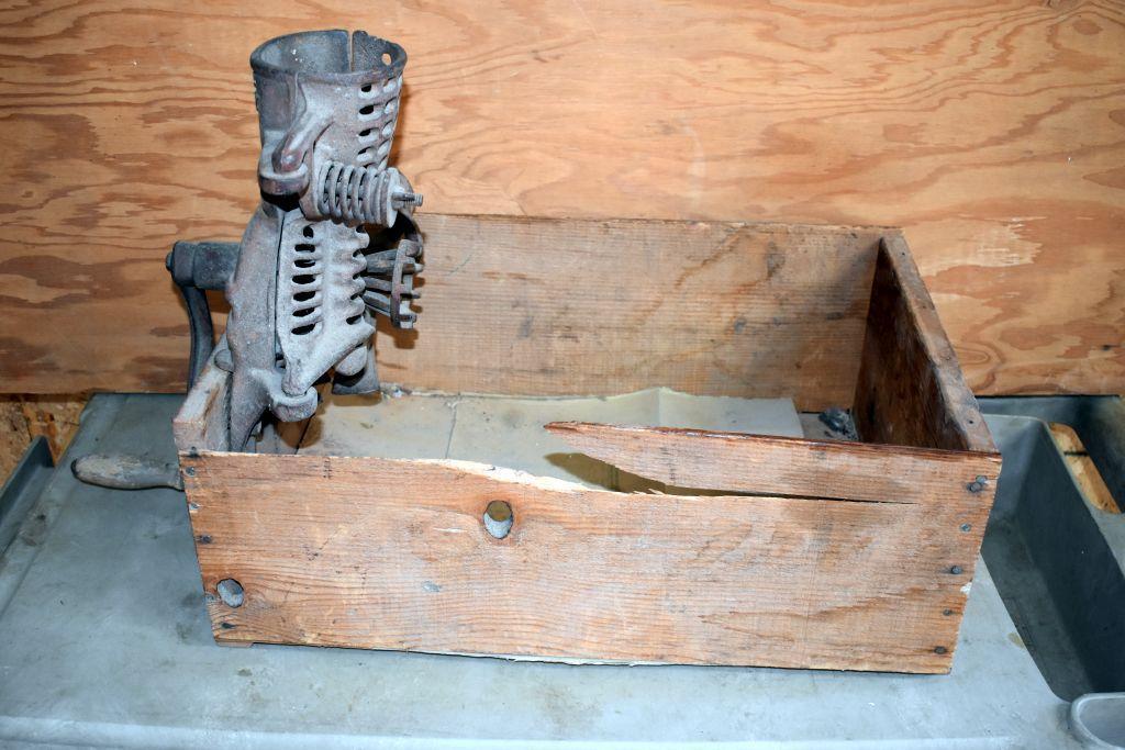 antique-david-bradley-corn-sheller