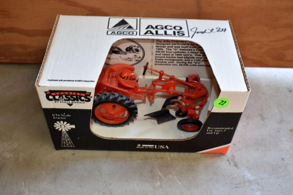 country-classics-allis-challmers-g-plow-1-16-scale-signed-by-joseph-ertl