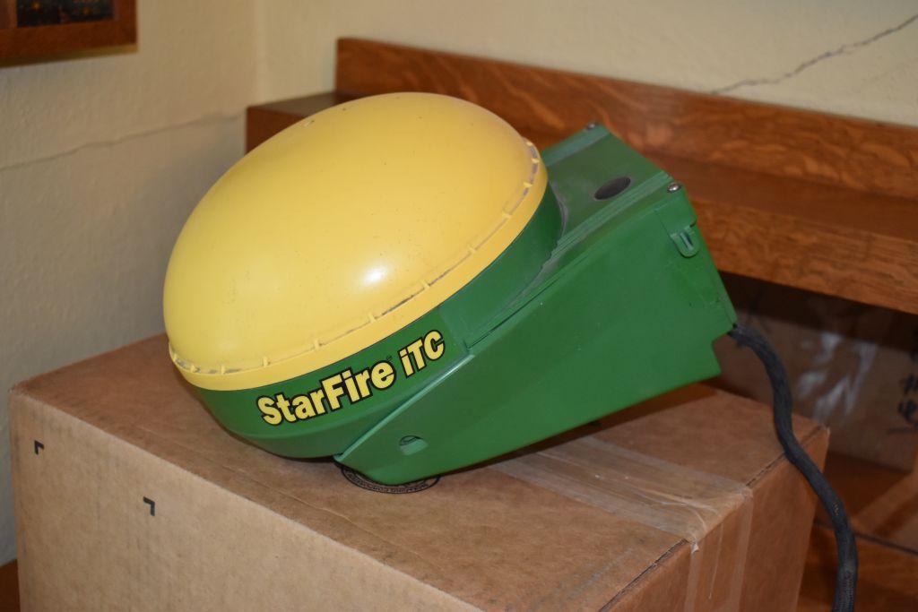 john-deere-starfire-itc-globe-sn-pcgt01c327081