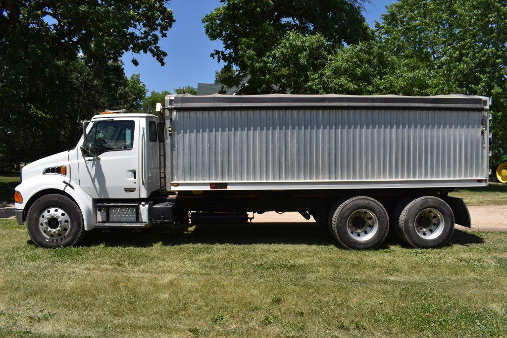 2005-sterling-acterra-tandem-twin-screw-grain-truck-cat-c-7-allison-automatic-trans-303286-actual