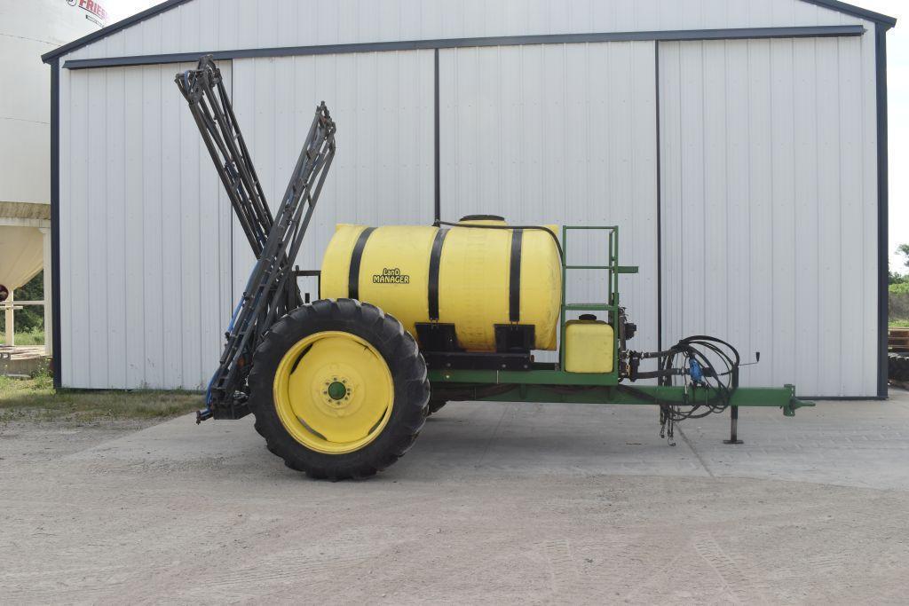 ld-1000-gallon-crop-sprayer-60-booms-20-spacings-hydraulic-drive-13-6-38-tires