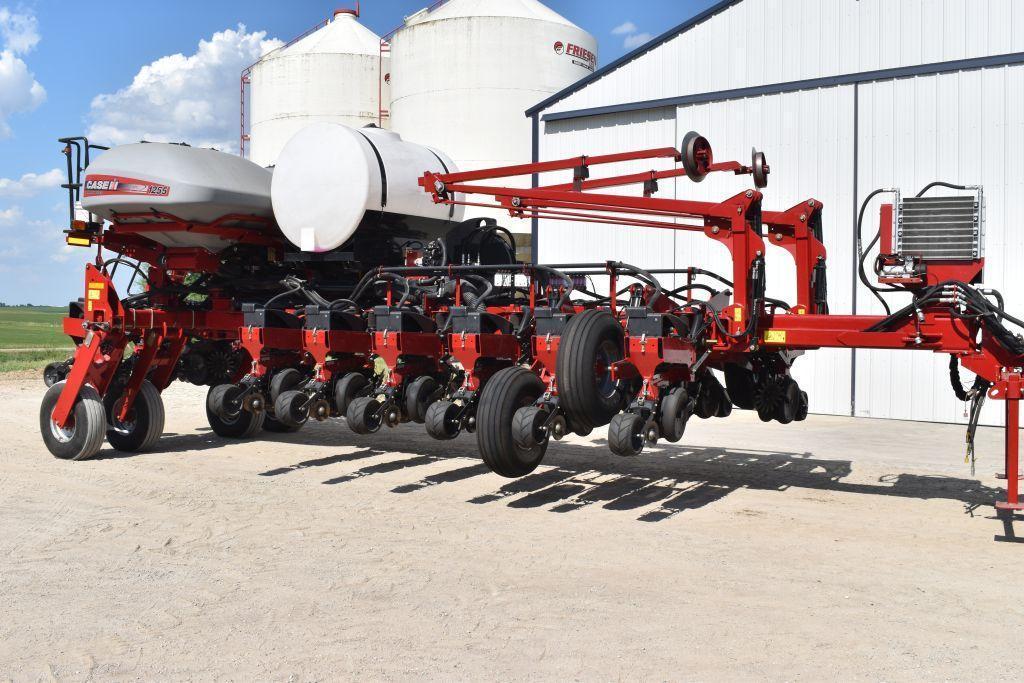 2014-cih-1255-early-riser-planter-16-row-30-center-fill-2pt-front-fold-liquid-fertilizer-500-gallon-poly