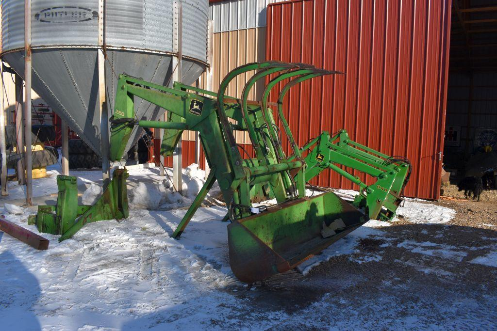 john-deere-280sl-hydraulic-loader-98-quick-attach-bucket-with-4-tine-grapple-mounts