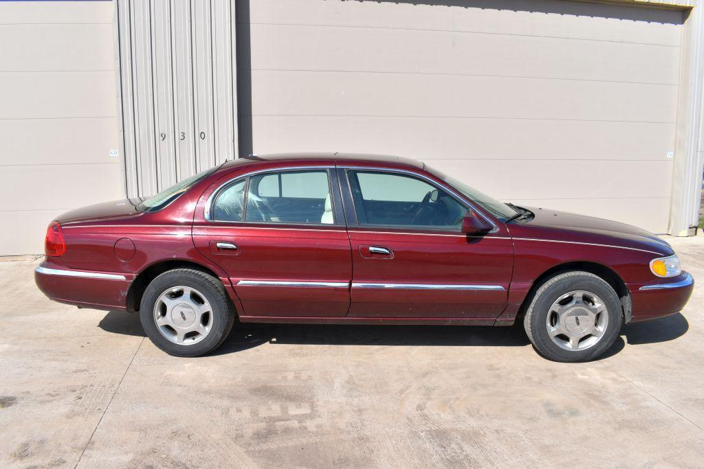2000-lincoln-continental-4-door-car-leather-v8-auto-139860-miles