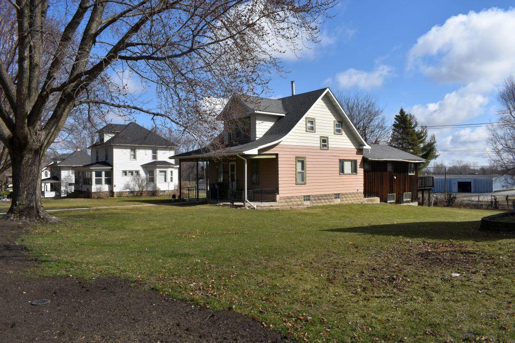 4-bedroom-2-bath-two-story-home-located-at-535-red-wing-ave-kenyon-mn