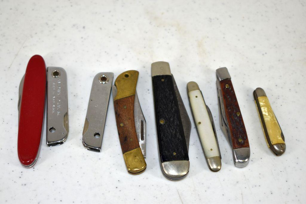 assortment-of-pocket-knives