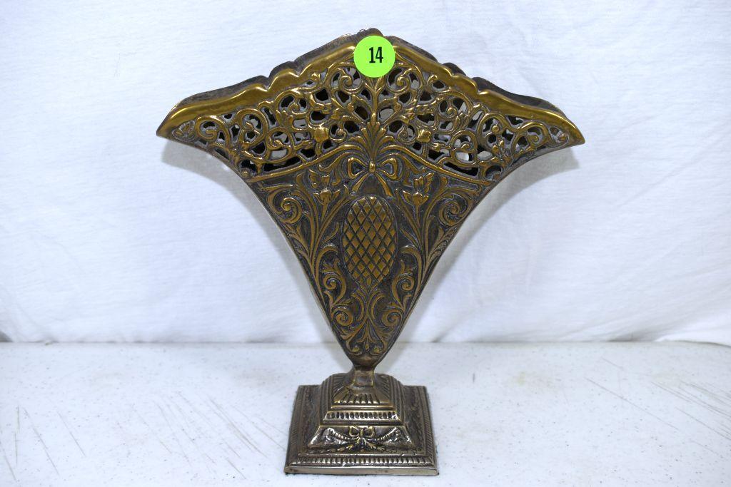 india-metal-fan-vase