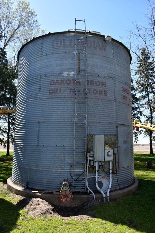 dakon-18-diameter-steel-grain-bin-with-aeration-floor-and-fan