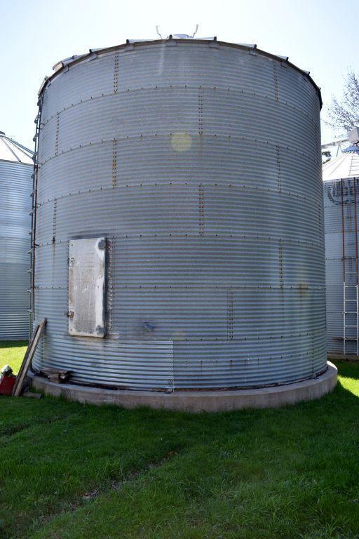 chicago-21-diameter-steel-grain-bin-7-rings-approx-5500-bushel