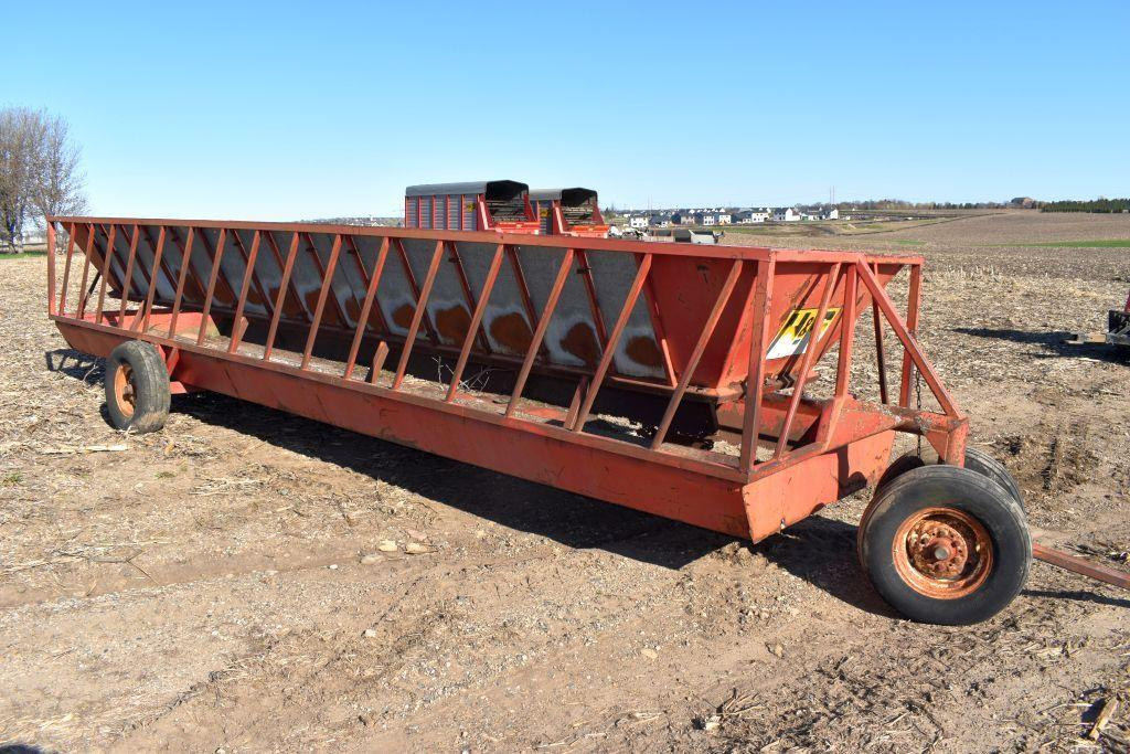 h-s-24-feeder-wagon-with-filler-sheets-needs-floor-repair