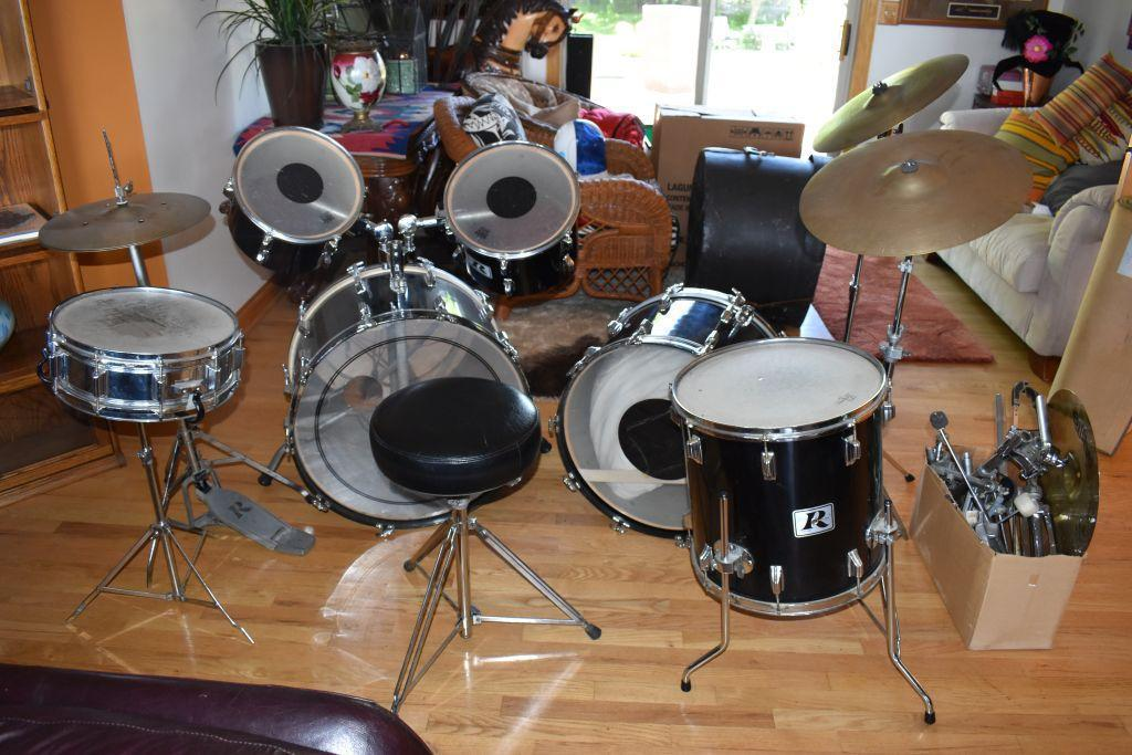 1979-rogers-double-base-drum-set-roger-snare-drum-5-x-15-and-12-and-13-tom