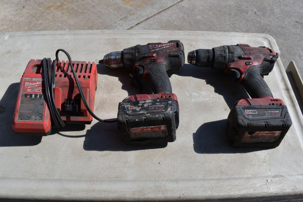 2-milwaukee-cordless-drills-w-lithium-batteries-tested-working
