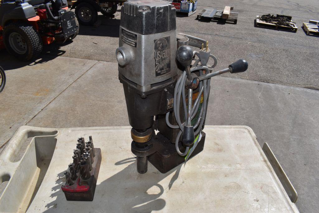 jancy-mfg-usa-5-slugger-corded-120volt-magnetic-frame-drill-with-bits