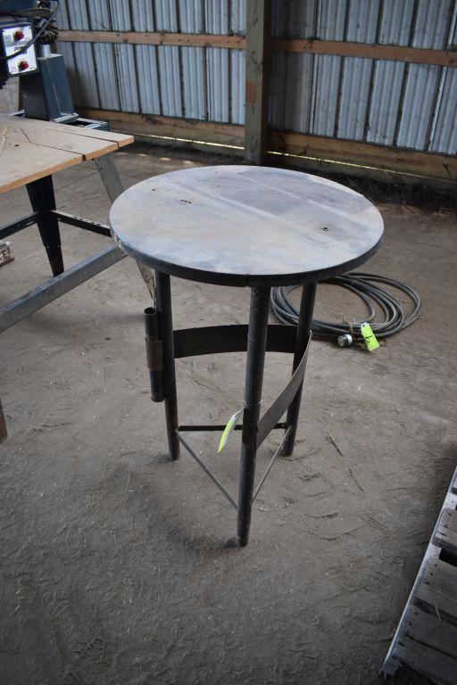 round-welding-table-24-round-by-36-tall