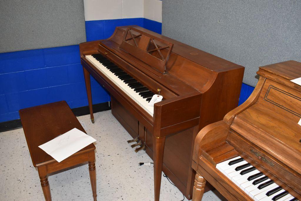 wurlitzer-piano-24-wide-x-55-1-2-long-x-37-high