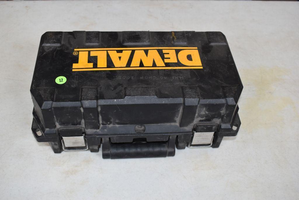 dewalt-dw402-corded-grinder-with-case