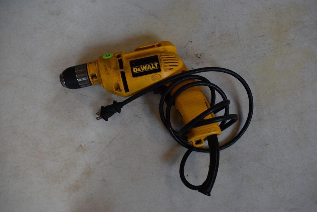 dewalt-dw106-3-8-corded-drill-keyless-chuck