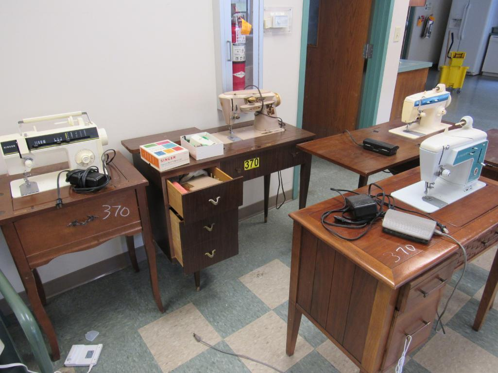 lot-of-4-singer-sewing-machines-empty-cabinet