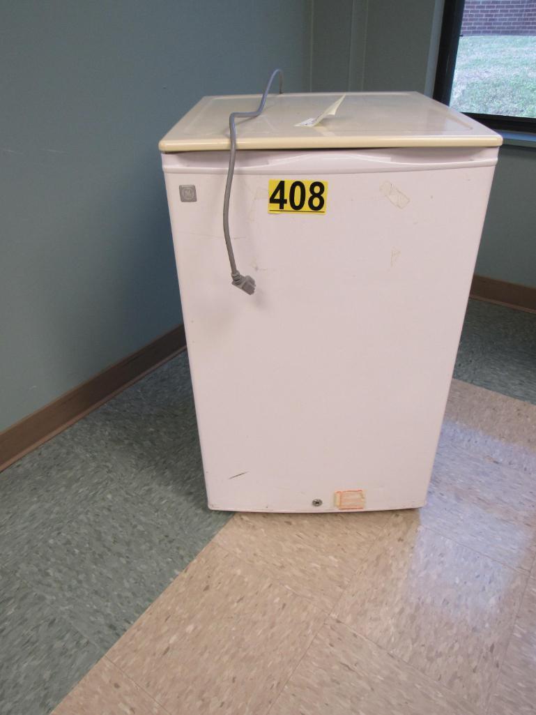ge-mini-refrigerator
