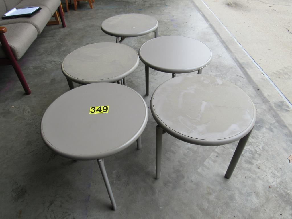 lot-of-5-round-tables-2020