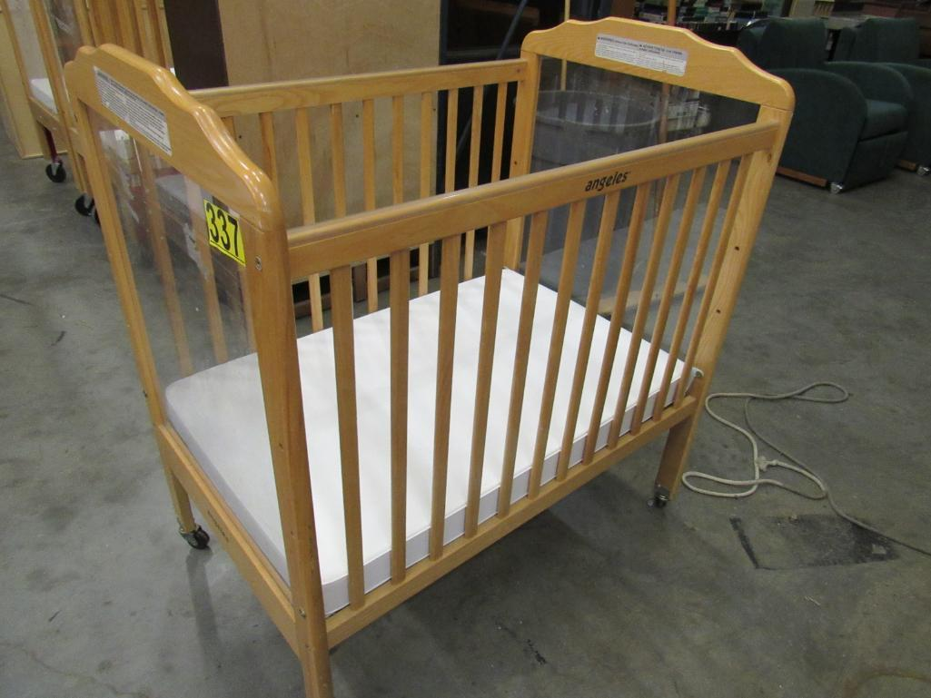 wooden-baby-bed