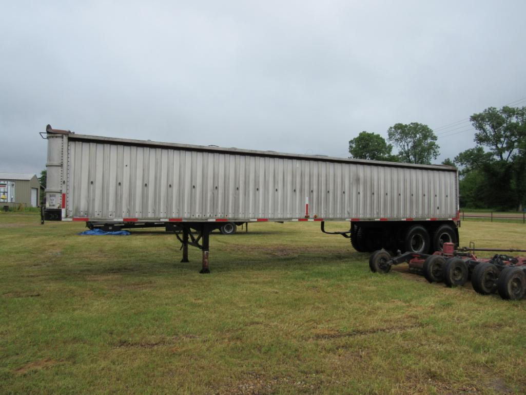 1972-wilson-40-grain-trailer-w-title