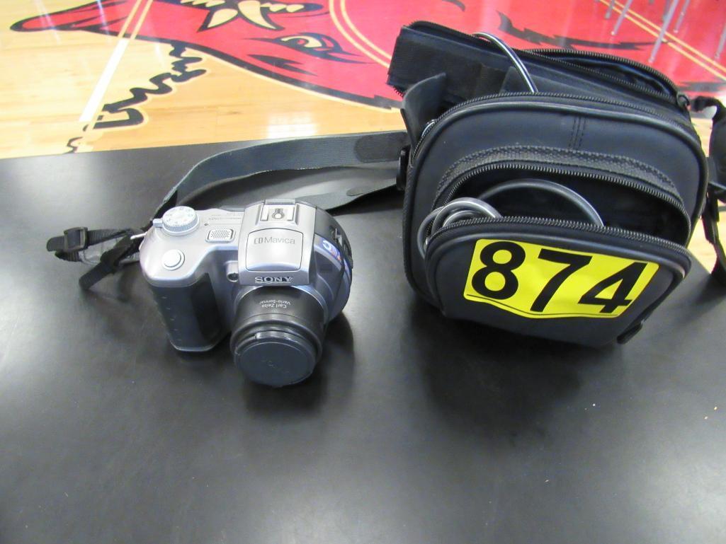 sony-camera-cd-mavica-w-bag-cord