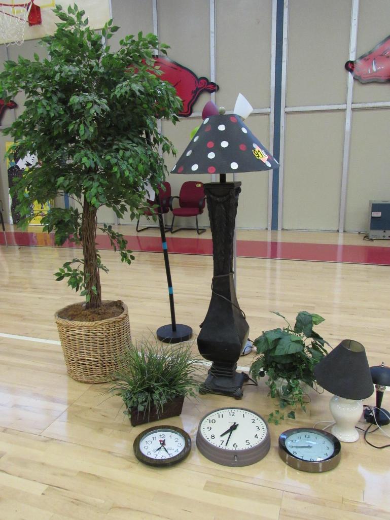 lot-of-lamps-plants-clocks