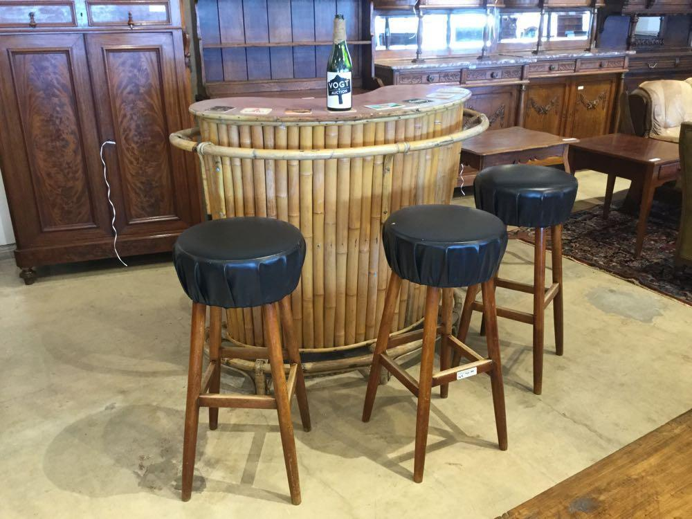 Phenomenal Whimsical Retro Tiki Bar With 3 Bar Stools Vogt Auction Customarchery Wood Chair Design Ideas Customarcherynet