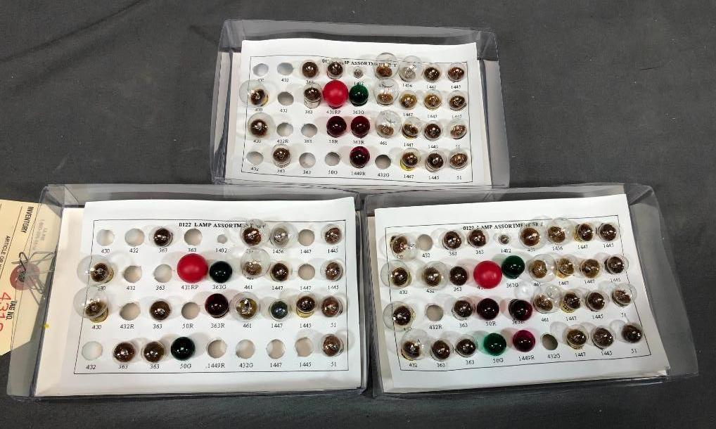 lot-of-3-partial-boxes-train-bulbs
