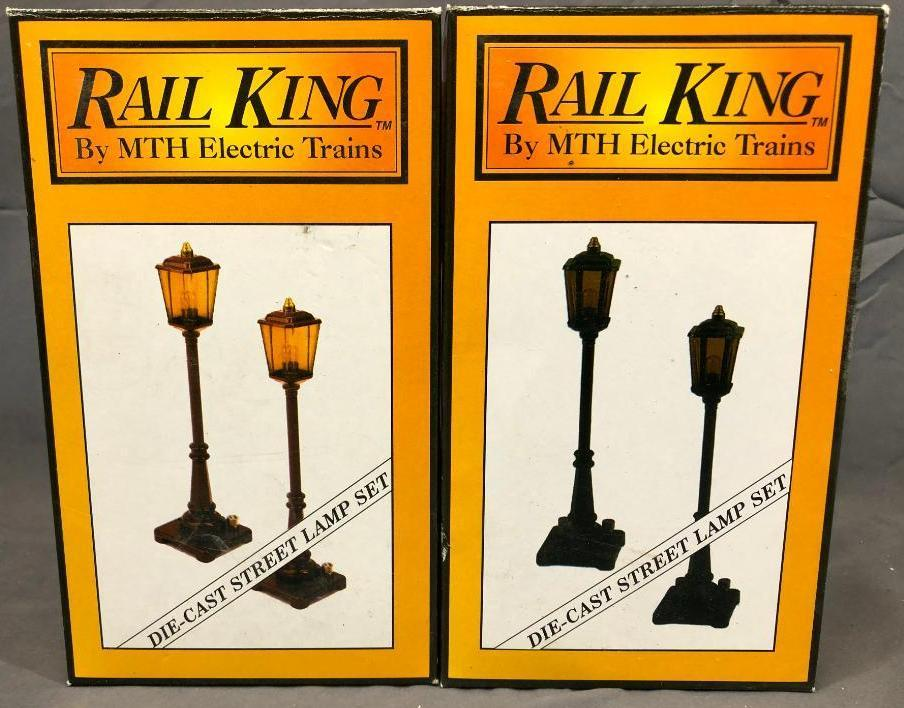 2-boxes-rail-king-by-mth-electric-train-post-36-green-and-maroon-lamp-post-set