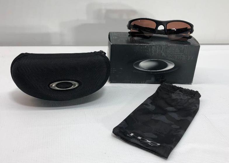 oakley-flak-jacket-xlj-matte-black-frame-w-prizm-tr22-lenses