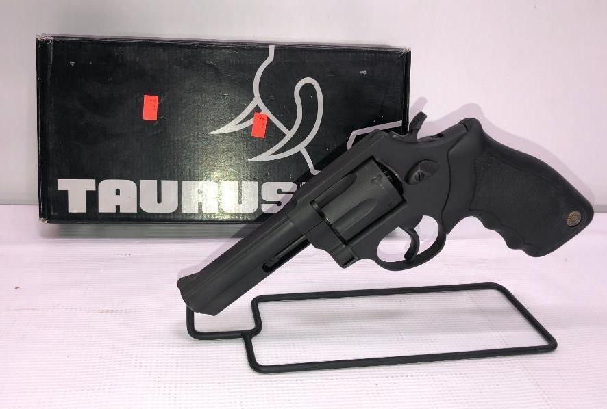 taurus-m82s-4-matte-blue-38-special-6-shot-sn-jp543141