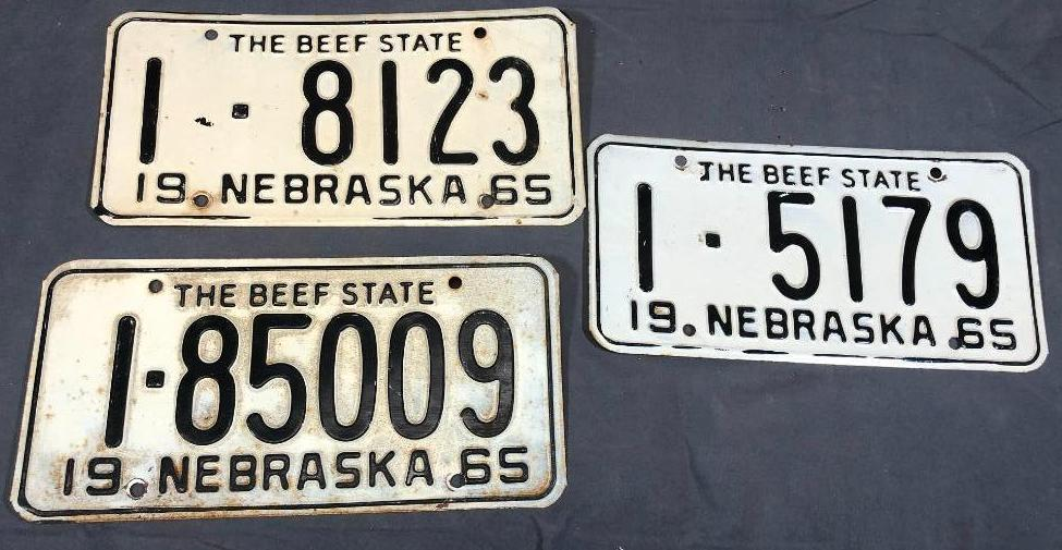 1965-nebraska-license-plates-not-matched-pair