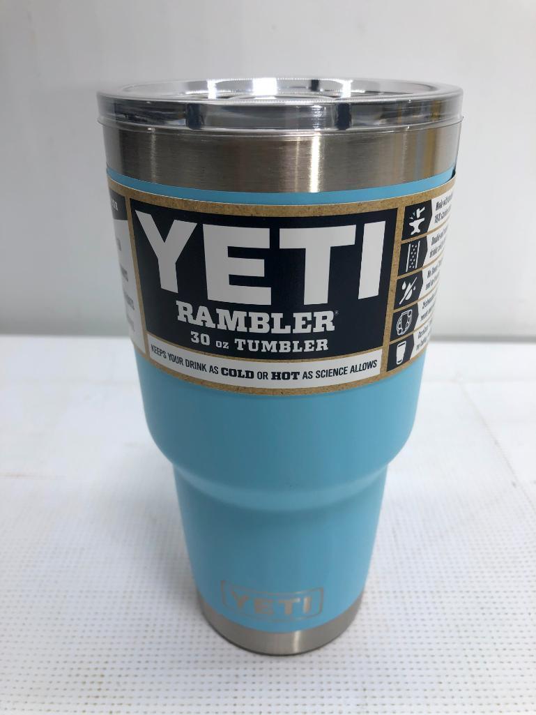 yeti-rambler-30oz-sky-blue-tumbler