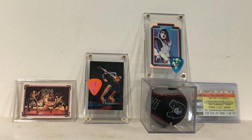 kiss-memorabilia-baseball-3-trading-cards-w-2-guitar-picks-omaha-civic-c-2000-ticket