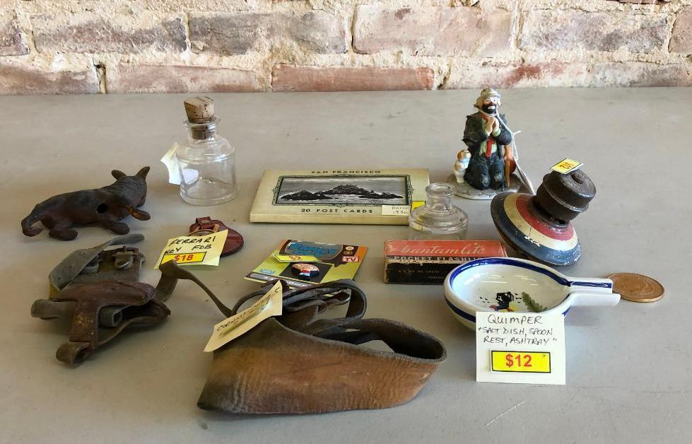 san-francisco-souvenir-post-cards-emmett-kelly-statue-corn-husks-ferrari-key-fob-misc