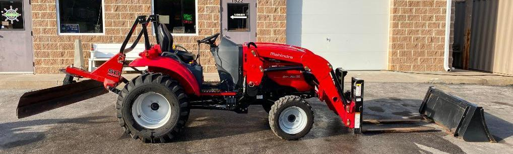 2015-mahindra-1533-shuttle-4wd-transmission-compact-tractor-w-loader-bucket-blade-forks-158-hrs