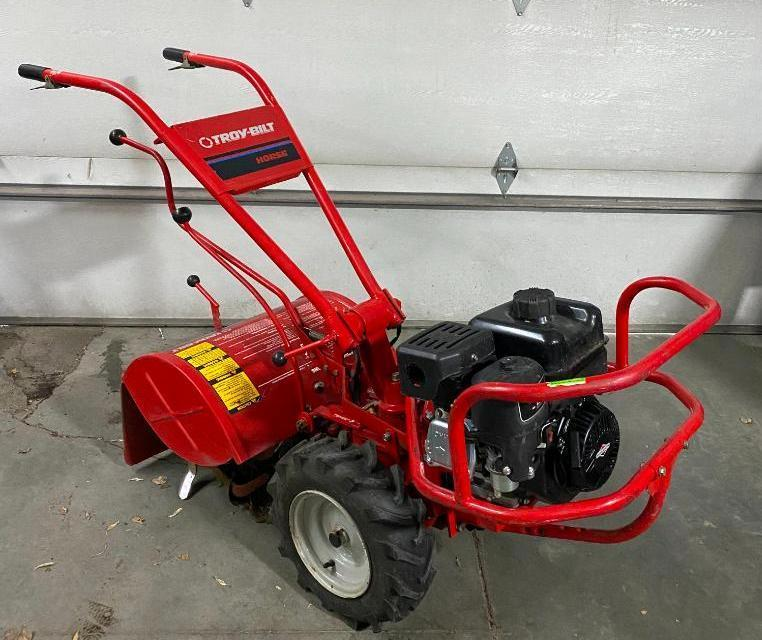 troy-bilt-horse-rear-tine-tiller-model-12090-8hp-electric-pto-bolo-tine-w-briggs-950-series