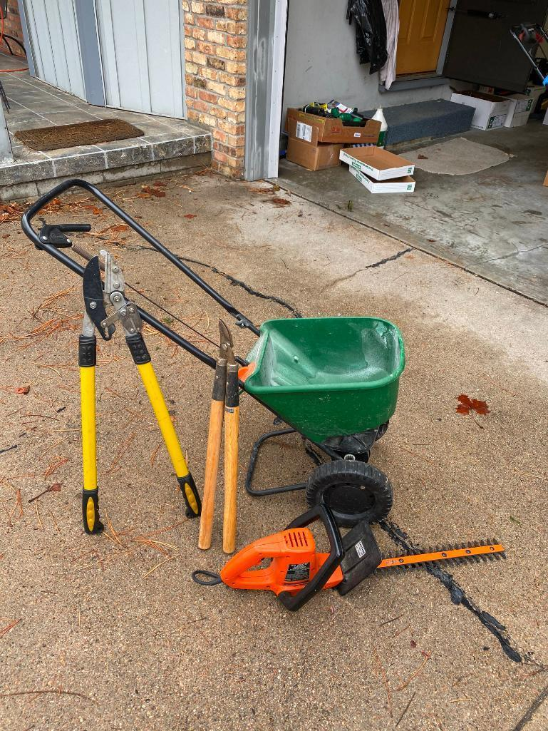 scotts-fertilizer-spreader-w-loppers-trimmer-and-electric-hedge-trimmer