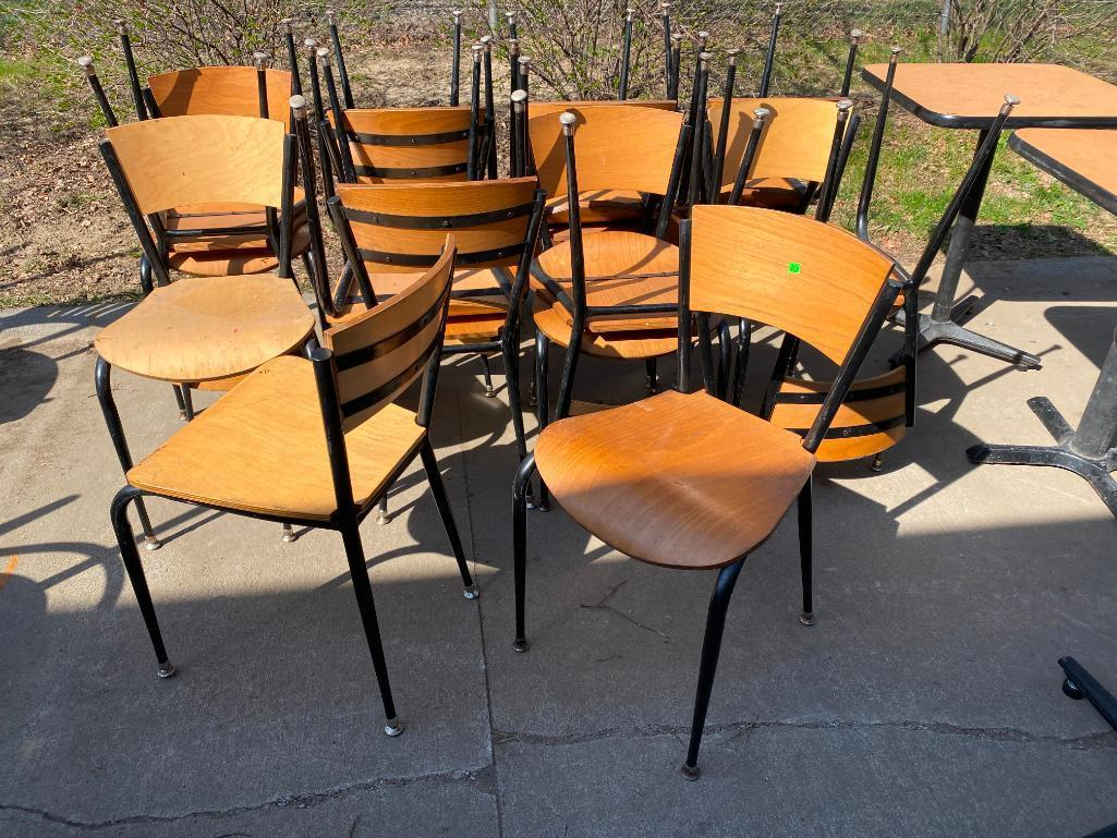 lot-of-17-restaurant-chairs-metal-frame-wooden-seat-back
