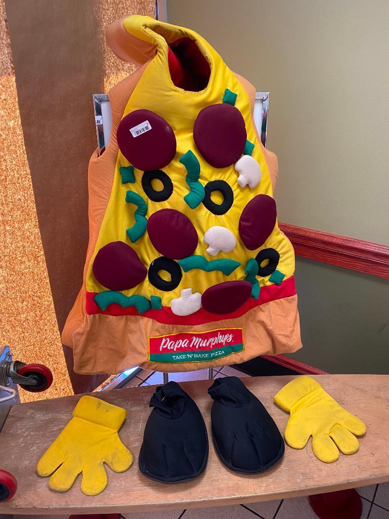 pizza-person-mascot-w-feet-and-hands