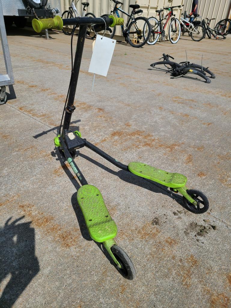 y-volution-fliker-a1-air-scissor-bike-kids