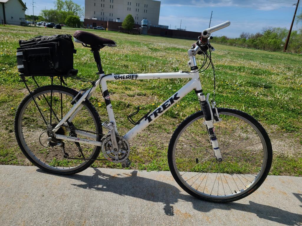 trek-mountain-bike-zx-zero-excess-aluminum-rock-shox-shimano-components-26in-tires